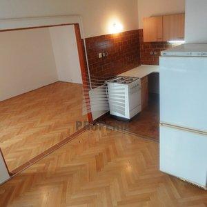 Nabízíme prodej prostorného bytu 2+kk v OV, Brno - Černá Pole, ul. Merhautova