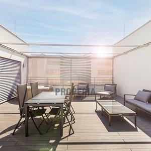 Prodej ojedinělého bytu 4kk o CP 229m2 s terasou, 2 garážová stání a prostorný sklep