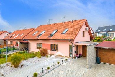 Pronájem rodinného domu 161 m² se zahradou 216 m²  + G + T, Plzeň - Lhota, Ev.č.: 00089