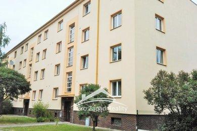 Pronájem bytu 3+1 Plzeň, Brožíkova, Ev.č.: 00090