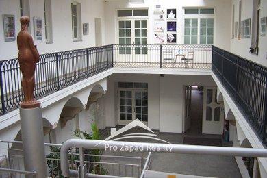 Pronájem Bytu 2+kk, 60m² - Plzeň - Vnitřní Město, Ev.č.: 00011-1