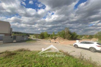 Prodej posledního pozemku pro bydlení s projektem a stavebním povolením, 593 m² - Plzeň 10-Lhota, Ev.č.: 00036