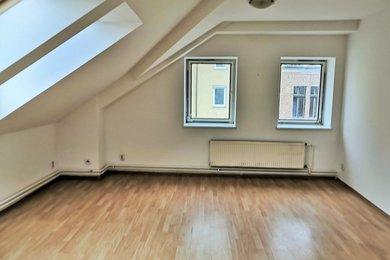 Hlavní pokoj 2