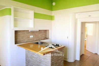 Pronájem bytu 2+kk, 30m² - Plzeň - Jižní Předměstí, Ev.č.: 00049