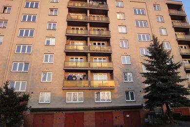 Pronájem nezařízeného bytu 1+1, 46 m², Plzeň - Jižní Předměstí, Ev.č.: 00055