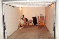 vlastní garáž