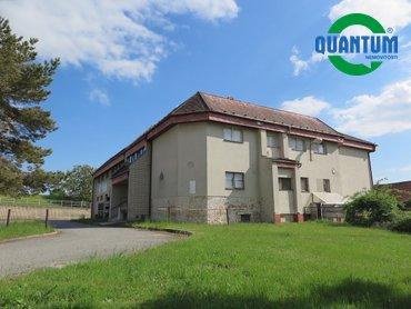 Prodej objektu masné výroby, 1 537 m² s pozemkem 6 000 m² v obci Rostěnice