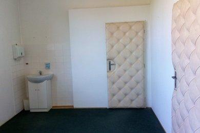 Pronájem, Kanceláře, 52m² - Blansko, Ev.č.:00013-1