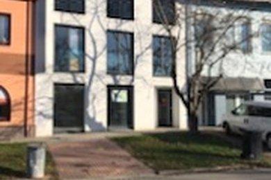 Nabízíme k pronájmu obchodní prostory v Hustopečích, Ev.č.: KO 325
