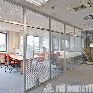 Pronájem kanceláře 68 m², Praha 4, Hráského