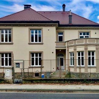 Bakov nad Jizerou - Podhradí, prodej bytu v činžovní vile 4+kk, 88,3 m2