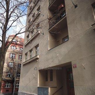 zařízený 2+1, Praha 3 Žižkov