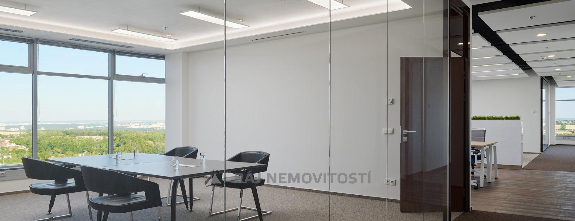 Show Suite_meeting room
