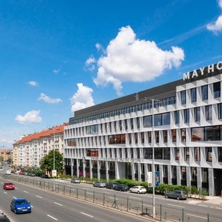 Pronájem kanceláře 500 m² - Praha 4, Mayhouse