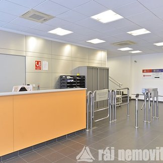 Pronájem kanceláře 70 m², Praha 4, Hráského