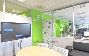 Pronájem kanceláře 900 m², Praha 4, Hráského