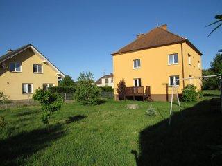 Prodej rodinného domu se zahradou, 700 m2, Dolní Loučky