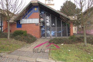 Pronájem obchodních prostor Tišnov - náměstí 445 m2, Ev.č.: 00105