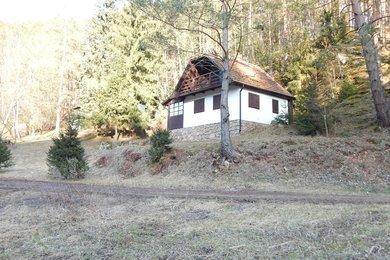 Prodej rekreační chaty v klidné lokalitě obce Vratislávka, Ev.č.: 00112