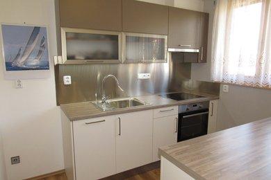 Prodej atypického podkrovního bytu v OV, 160 m2 Tišnov, Ev.č.: 00122