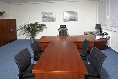 Pronájem kanceláře 70 m2 Tišnov, střed města, Ev.č.: 00135