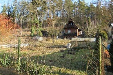 Prodej krásné chaty na okraji Tišnova se slunnou zahradou, Ev.č.: 00142
