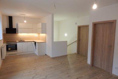Prodej bytu 3+kk v Lomnici u Tišnova, 71 m2, Ev.č.: 00144