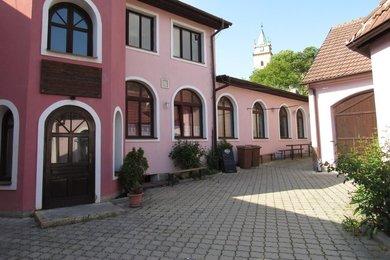 Pronájem obchodních prostor, sklad, výroba, zahrada, 320 m2 Tišnov, Ev.č.: 00157