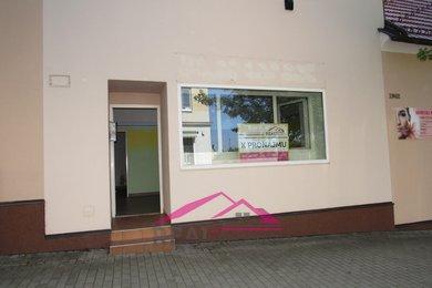 Pronájem obchodních prostor s výlohou, střed města, 55 m² Tišnov, Ev.č.: 00166