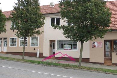 Pronájem kanceláře s vlastní kuchyňkou a toaletou, 68 m2 Tišnov, Ev.č.: 00169