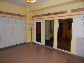 Pronájem obchodu s velkou výlohou, Tišnov, 55 m2