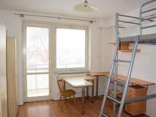 Prodej pěkného cihlového bytu 1+kk v OV s balkonem, Kuřim, 28 m2