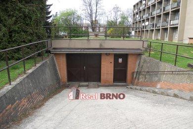 Pronájem, Garáže,  18m² Brno-Bystrc, Ev.č.: Hon 2101