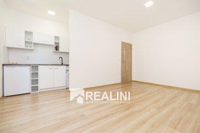 Prodej, Byty 1+kk, 24m² - Karviná - Ráj, Ev.č.: 00188