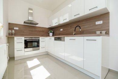 Právě zrekonstruovaný byt 3+1, 67m², Karviná, V Aleji - na prodej!, Ev.č.: 00240