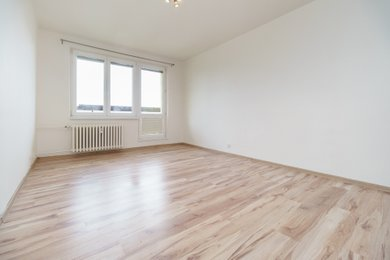 Prodej, Byty 1+kk s balkónem, 28m² - Karviná - Mizerov, Ev.č.: 00277