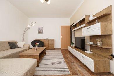 Prodej bytu 2+1 s lodžií, Karviná, tř. Těreškovové, Ev.č.: 00292
