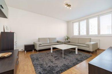 Prostorný byt 4+1 s jídelnou a lodžií, 87m², Ostrava, ulice Maroldova, Ev.č.: 00325