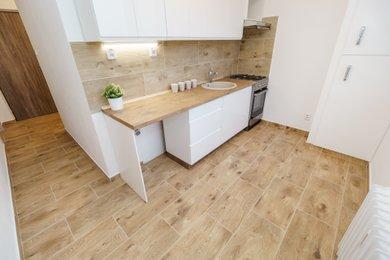 Prodej bytu 2+1, 54m² po zdařilé rekonstrukci v centru města Karviné, Ev.č.: 00329