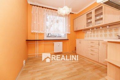 K prodeji velkometřážní byt 3+1 lodžií v Karviné na ulici Závodní, Ev.č.: 00330