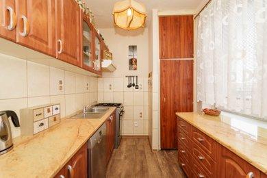 Prodej bytu 3+1 v osobním vlastnictví se zasklenou lodžií v blízkosti centra Karviné, Ev.č.: 00336