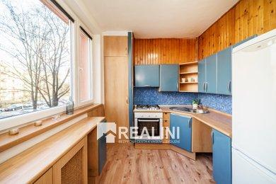 Prodej bytu 2+1 s výklenkem na prvním patře ihned k nastěhování!, Ev.č.: 00346
