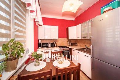 K prodeji byt 2+1 na ideálním prvním patře s výtahem, 54 m², Karviná-Ráj, Ev.č.: 00349
