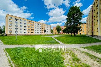 Na prodej byt 2+1, 2.patro, Karviná - Ráj, ulice Školská, Ev.č.: 00364