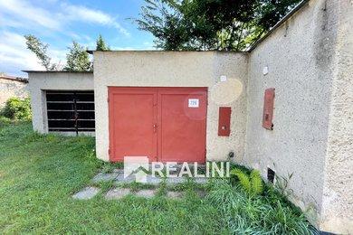K prodeji oplocená garáž,  22m², Karviná, Za Splavem, Ev.č.: 00378