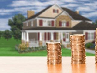 Hypotéky a úvěry podraží.
