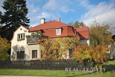Dvougenerační RD se zahradou, v lázeňském městečku v Podještědí, Ev.č.: 263011