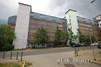 Prodej bytu 2+kk s lodžií, komorou a šatnou, Liberec, Horní Růžodol – ul. Jeronýmova, Ev.č.: 267711