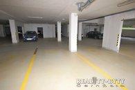 1 parkovací stání 3