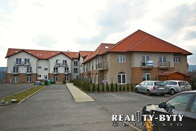 Velice prostorný byt 3+kk se zahradou, Hrádek nad Nisou - Starý dvůr, Ev.č.: 832711